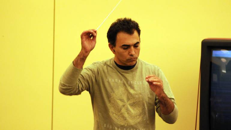 Daniel Hamuy conducts during BMI's 14th annual Conducting for the Film Composer Workshop.