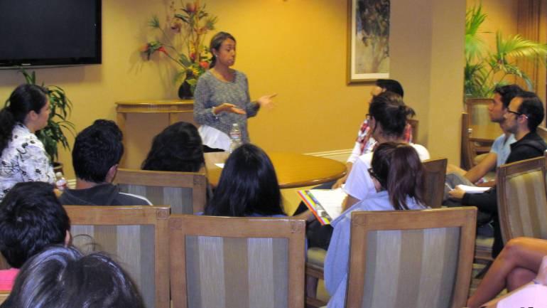 BMI's Delia Orjuela speaks to students of Tec de Monterrey.
