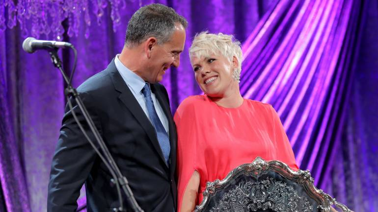 BMI President & CEO Mike O'Neill and honoree P!nk pose with the BMI President's Award during the 63rd Annual BMI Pop Awards