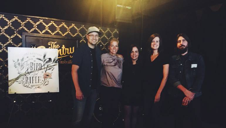 Pictured: (L-R): Creative Nation's Luke Laird, BMI's Leslie Roberts, BMI songwriter Lori McKenna, Creative Nation's Beth Laird and producer Dave Cobb.
