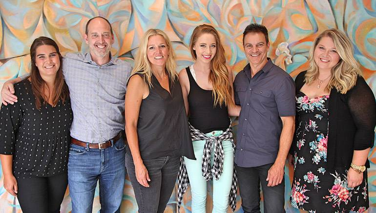 Pictured (L-R): Cassetty Entertainment's Helena Capps and Todd Cassetty, BMI's Leslie Roberts, BMI songwriter Kalie Shorr, writerslist's Christy DiNapoli and Nicole Wyatt.