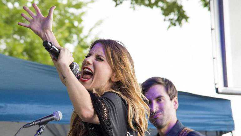 Caitlyn Smith performs on the BMI Stage during Lollapalooza on August 4, 2017, in Chicago, IL.