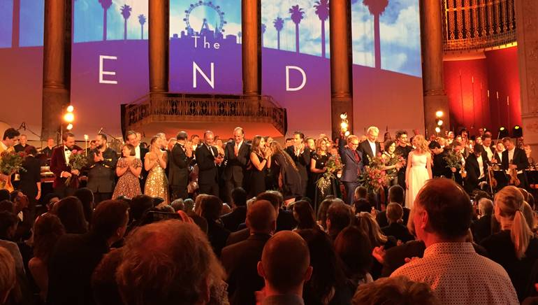 """Composer Danny Eflman receives the Max Steiner Award at the """"Hollywood in Vienna"""" film music festival gala."""