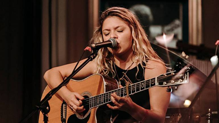 Emma Kline performs at Fleetwoods on Front St. during the 5th Annual Maui Songwriters Festival presented by BMI.