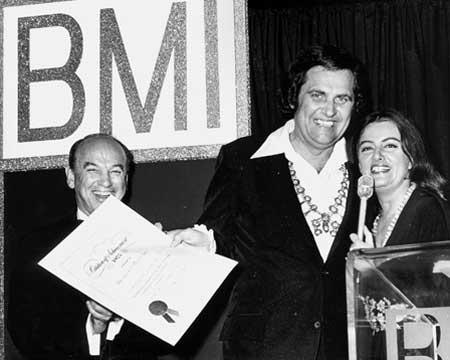 Merle Kilgore Dies At 70 News Bmi Com